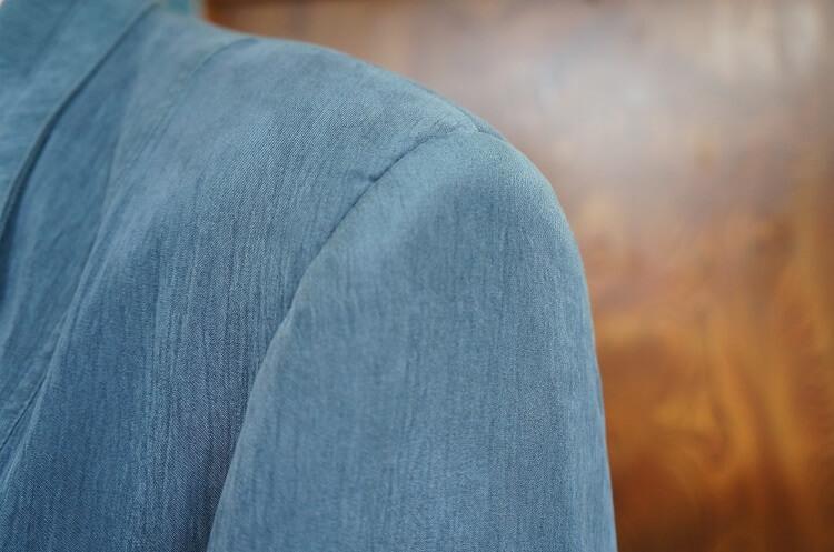 洋裁用語「いせ」とは? 立体化の技法、縫い縮めのご紹介