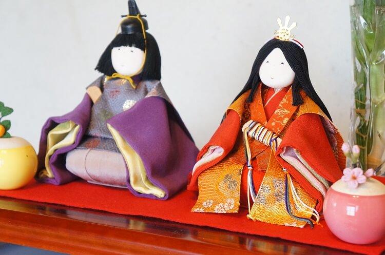 ひと月遅れのひな祭り。毎年増える雛人形たち