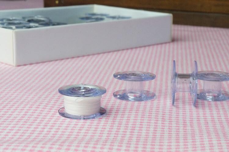 ミシンボビンの選び方|金属とプラスチックの違いはなに?