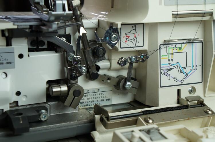 ロックミシンの便利な糸交換、「はた結び」知っていますか?