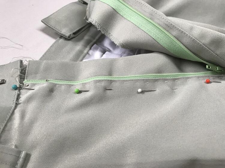 ズボンのファスナー交換の仕方