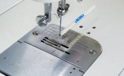 職業用ミシン工業用針の付け方