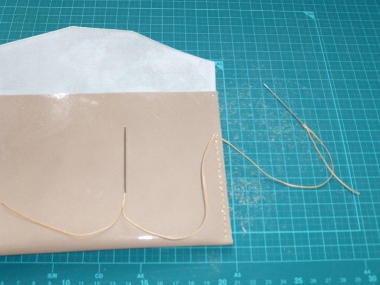 帳ケース(エナメル)の縫い方