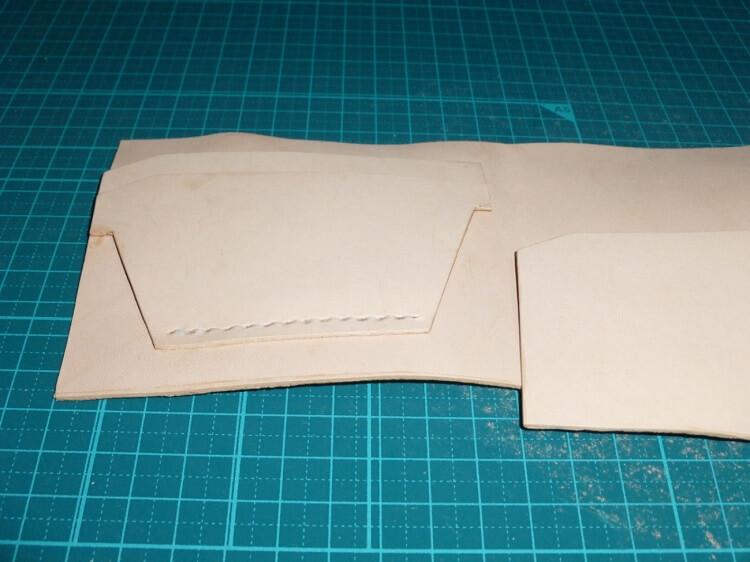 縫製(2つ折り財布)