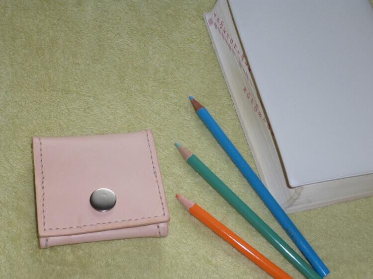 初心者にも簡単、ヌメ革でボックス型コインケースを作ろう!