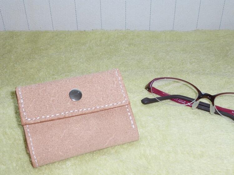 レザークラフトで3つ折り財布を作ろう!