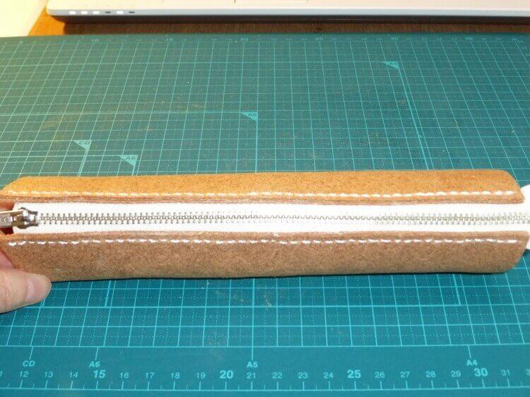 レザークラフト、ペンケースの作り方(ファスナー付け)