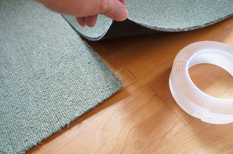 絨毯マットの固定